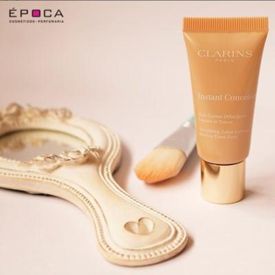 Imagem 5 do produto Corretor Antiolheiras Clarins Instant Concealer - 01 - Light Beige