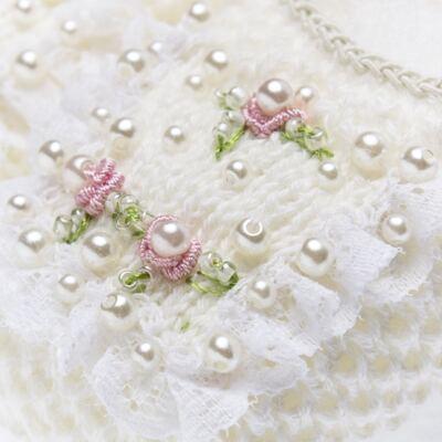 Imagem 2 do produto Sapatinho em tricot Renda Pérolas & Mini Flores Marfim - Roana