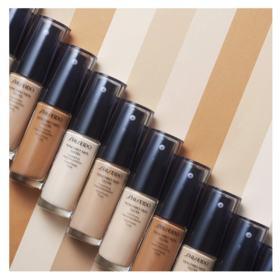Base Liquida Shiseido - Synchro Skin Glow Luminizing Fluid Foundation SPF 20 - N3