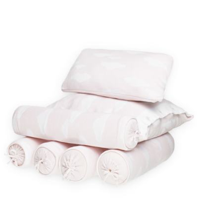 Imagem 1 do produto Kit Berço: Rolinhos Laterais + Rolinho Cabeceira + Almofada Quadrada + Almofada Retangular Nuvem Rosa - Petit