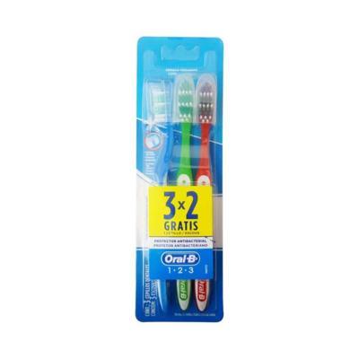 Imagem 1 do produto Escova Dental Oral-B 1.2.3 Leve 3 Pague 2 Unidades