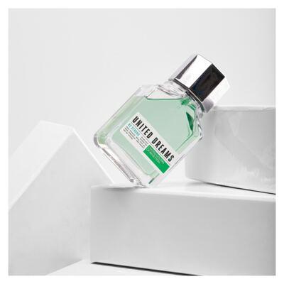 Imagem 4 do produto United Dreams Be Strong Benetton - Perfume Masculino - Eau de Toilette - 60ml