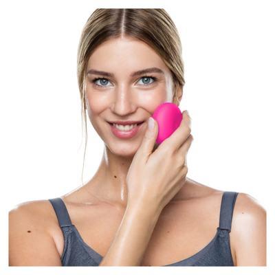 Imagem 4 do produto Luna Play Plus Fuchsia Foreo - Escova de Limpeza Facial - 1 Un