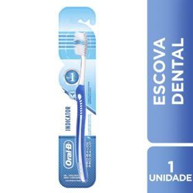 Escova Dental Oral-B Indicator Plus 30 - Macia | 1 unidades